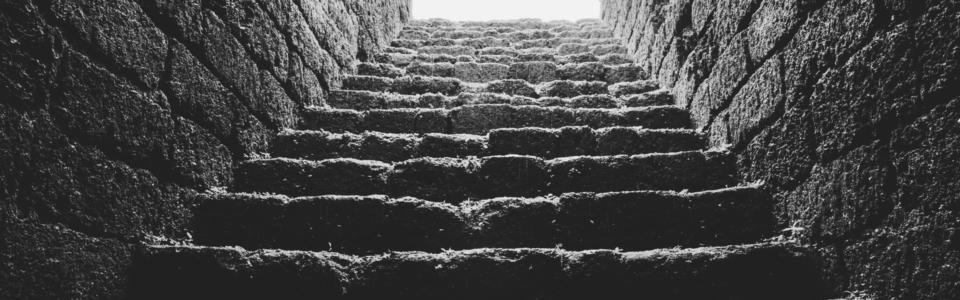 scalinata verso il chi sono